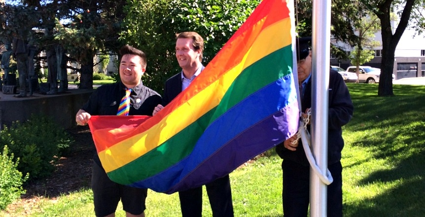 Regina Mayor Michael Fougere raises the Pride Flag at Regina City Hall (Photo: Meaghan Willis)